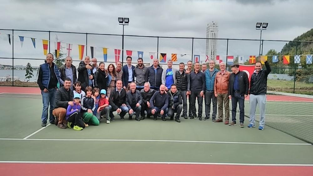 1. Veteran Tek Erkekler Tenis Turnuvası Ödül Töreni